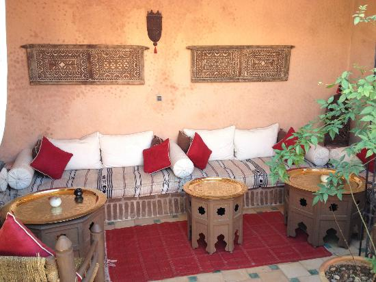 Riad Jona: Seating on Roof Terrace