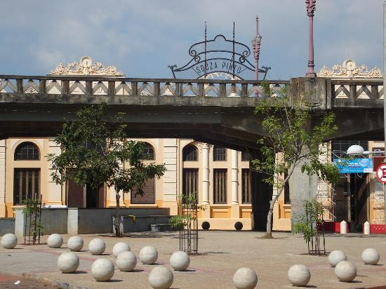 Praça Rui Barbosa (Praça da Estacao)