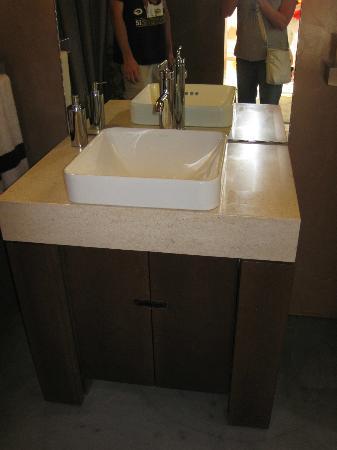 Kohler Design Center: sink