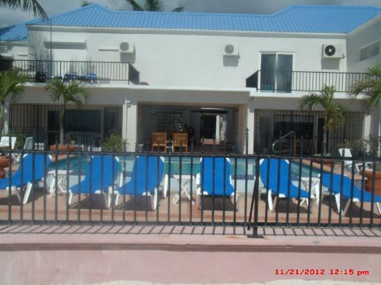 Villas on Great Bay: The pool