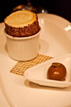 pistachio souffle