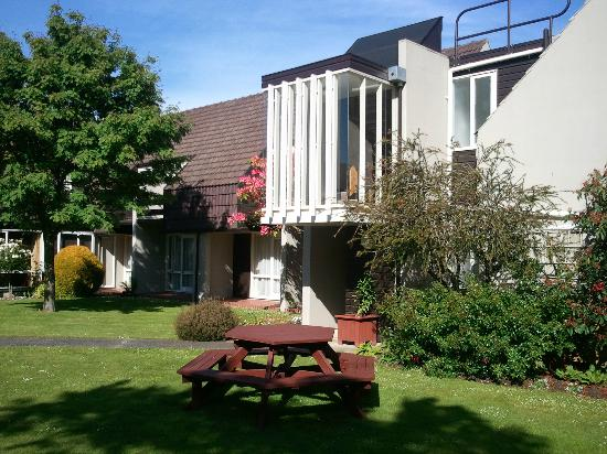 Mercure Dunedin Leisure Lodge : Garden Area