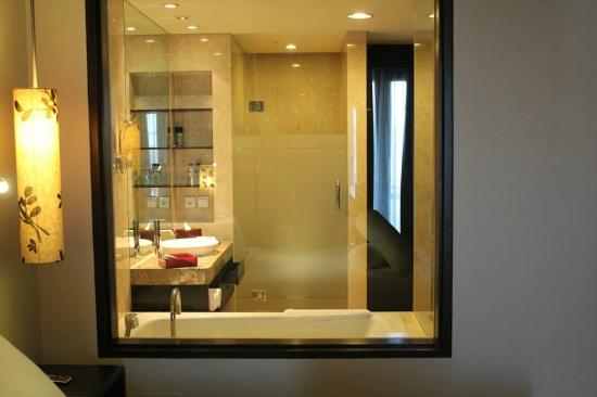 Pullman Bali Legian Nirwana: Bath Room