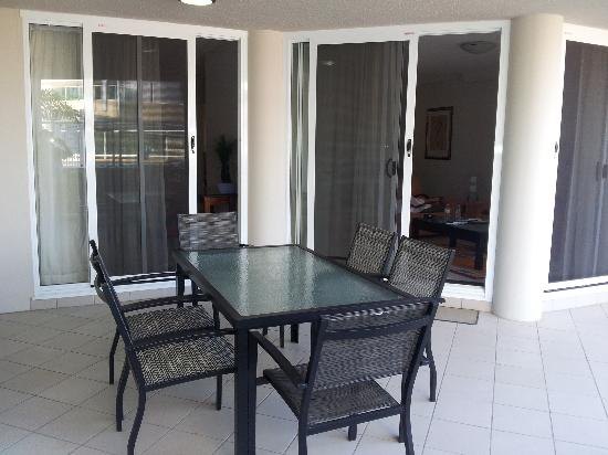 Kirra Beach Apartments: Ground Floor 2 bedroom Unit - Pool View