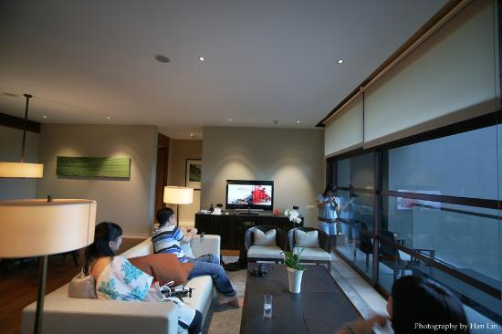 Capella Singapore: living room