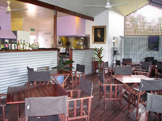 Caffe Rustica : Restaurant exterior