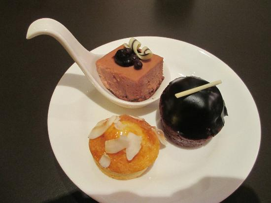 Park Plaza Westminster Bridge London: Dessert at Esspressamente