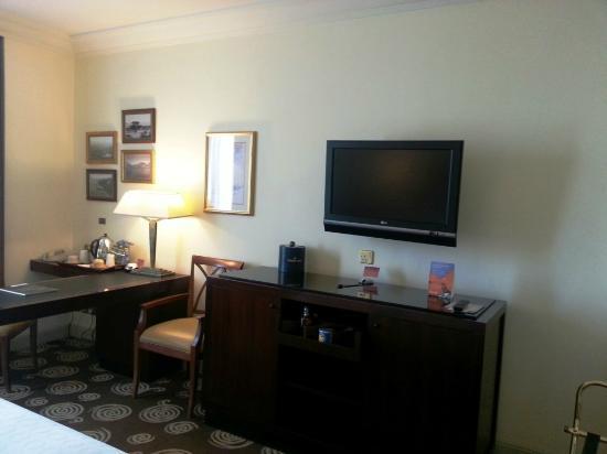 Sheraton Amman Al Nabil Hotel : Room utilities