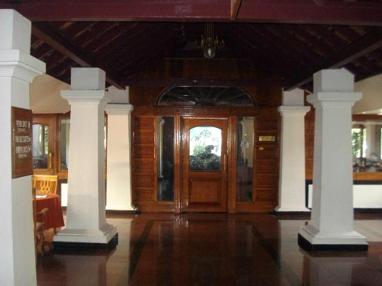 Bolgatty Palace & Island Resort: Restaurent