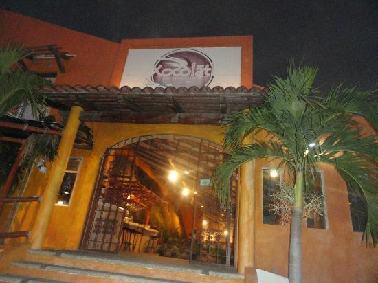 Xocolatl Fajitas Salad & Grill: Front Entrance
