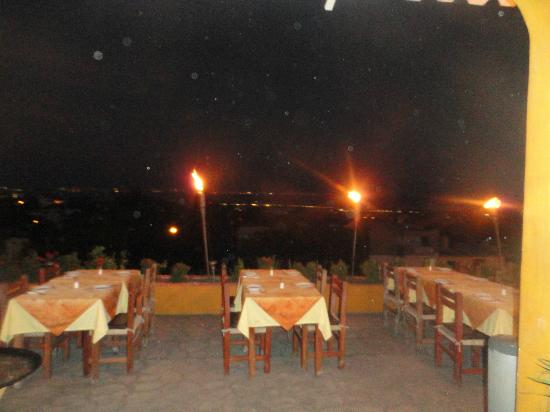 Xocolatl Fajitas Salad & Grill: View is wonderful at night