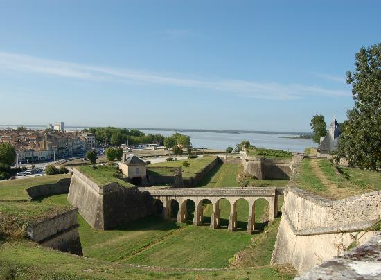 Château Marquis de Vauban: La Citadelle à deux pas