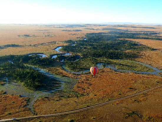 Governor's Camp: Ballooning over the Mara River