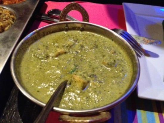 Curry epinard fromage indien photo de krishna bhavan for Krishna bhavan paris