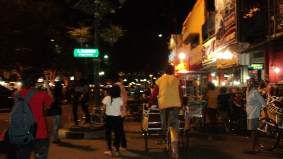 The Phoenix Hotel Yogyakarta - MGallery Collection: around and about the city center on a trishaw