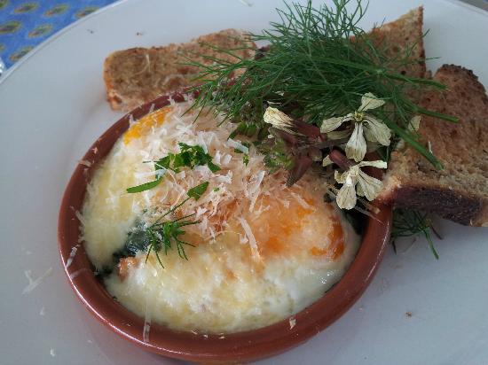 L'Abri: Baked eggs