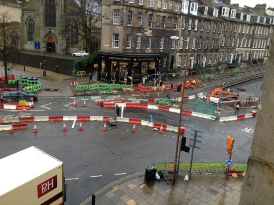 Fiddlers Elbow: those all night road works