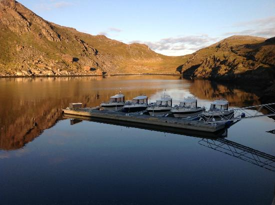 Havoysund, Norwegia: Our floating bridge