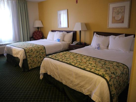 Fairfield Inn Deptford: Super comfortable beds