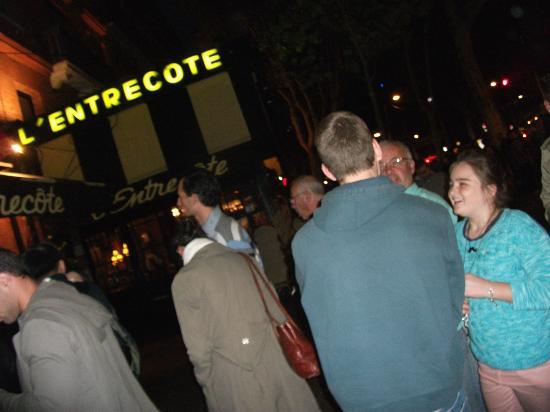 L'Entrecôte : in the queue