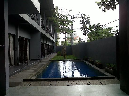 The Grey Boutique Inn: Mini swimming pool..