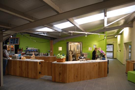 Cefn Mably Farm Park: Coffee shop