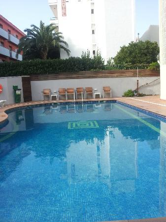 Hotel Mare Nostrum: Pool 2