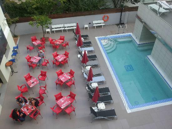 Hotel Mare Nostrum: Pool 1
