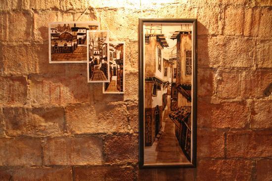imagen Ziryab Fusion Wine and Tapas Bar en Barcelona