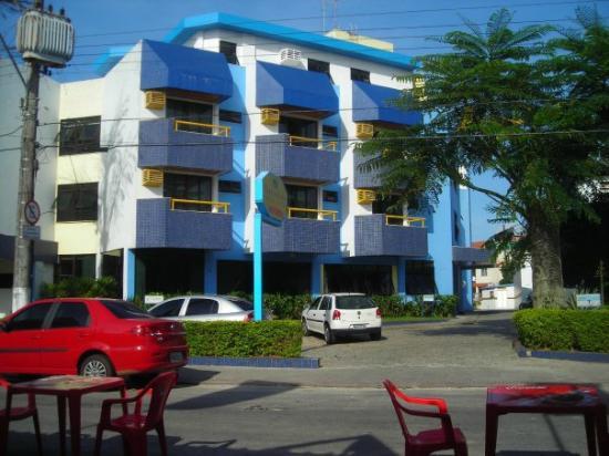 Bouleavard Canasvieiras Hotel : Frente del hotel, se que ahora cambiado