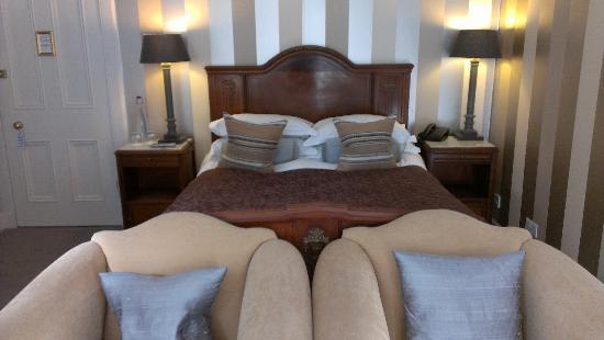 نوكديري كونتري هاوس هوتل: lovely comfy room 