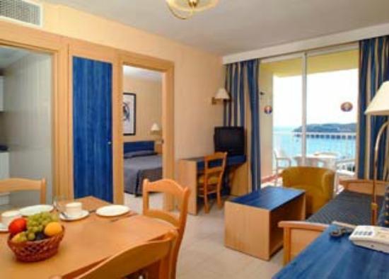 Apartamentos Vistasol: Living room