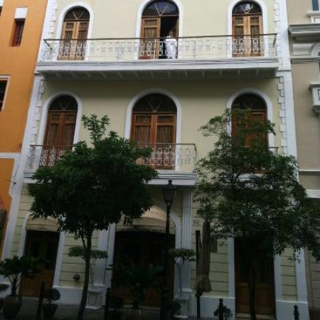 Cervantes Hotel Facade