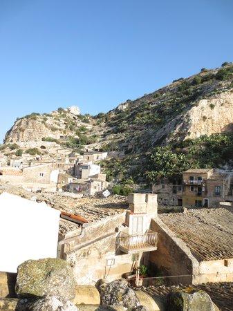 C'era Una Volta Scicli: Blick von unserer Terasse auf die Dächer der Altstadt von Scicli