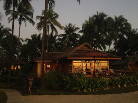 Amara Ocean Resort: atardecer