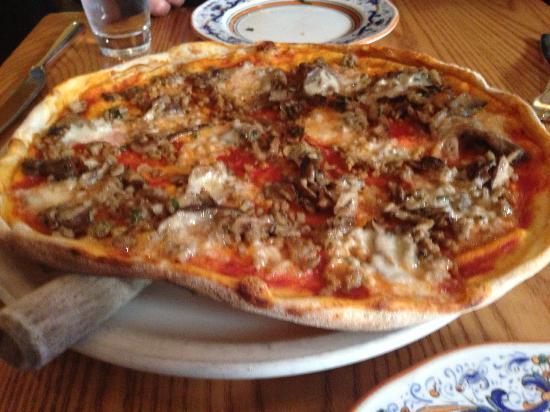 Photo of Italian Restaurant Nick & Toni's Cafe at 100 W 67th St, New York, NY 10023, United States