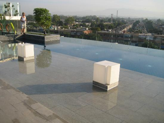 Infinity pool on the roof picture of jw marriott hotel - Chandigarh hotel with swimming pool ...