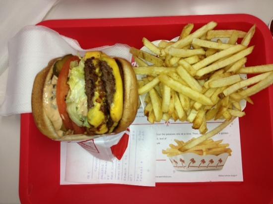 un bon milkshake la - Picture of In-N-Out Burger, Las ...