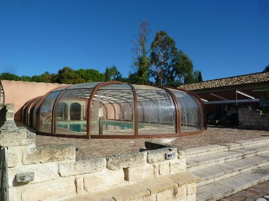 Oliveraie De Paul : La piscine de la propriété