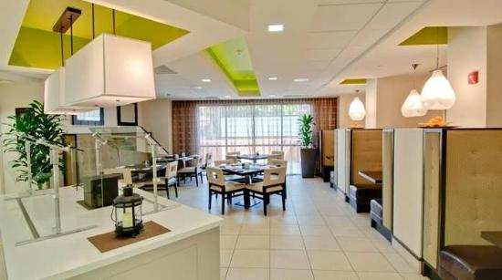 Hilton Garden Inn Los Angeles/Hollywood : Hotel Restaurant