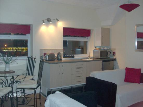 Aparthotel Blackpool: Apartment Wet Bar Kitchen