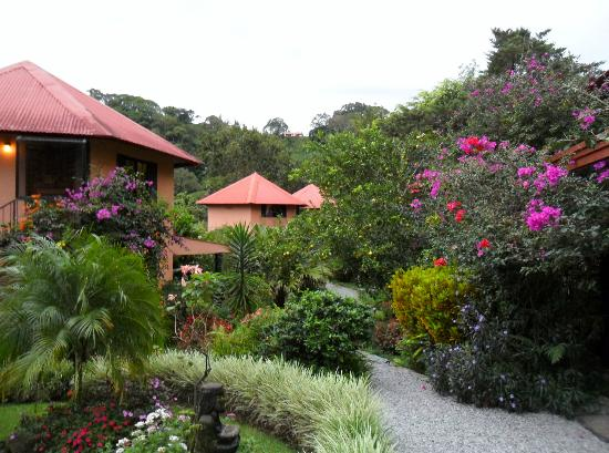 Boquete Garden Inn: Suites in the Garden