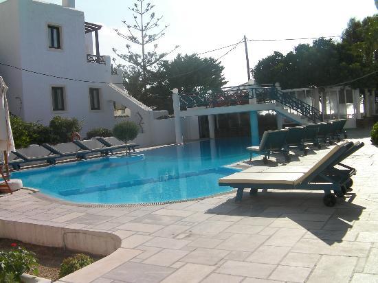 Veggera Hotel: piscina 