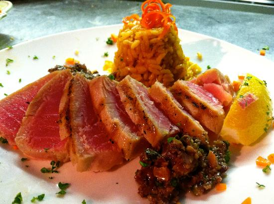 Blu' Island Bistro: Grilled Ahi Tuna with Olive Tapanade and Rice Pilaf