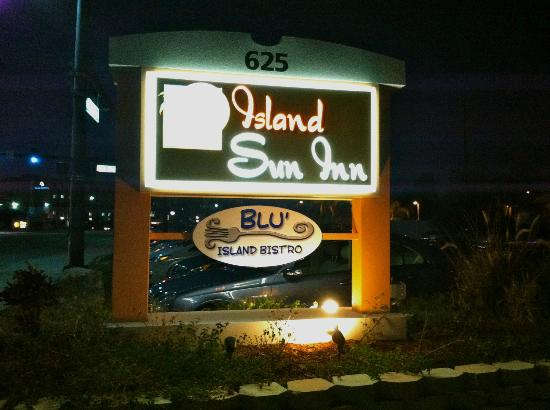 Blu' Island Bistro: Our location-attached to the Island Sun Inn, across from the Goodwill on the Island of Venice!