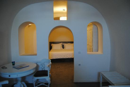 Armeni Village Rooms & Suites: habitación