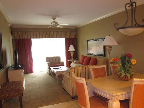 Bellasera Hotel: Зал
