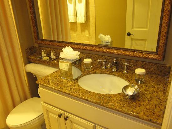 Bellasera Hotel: Ванная