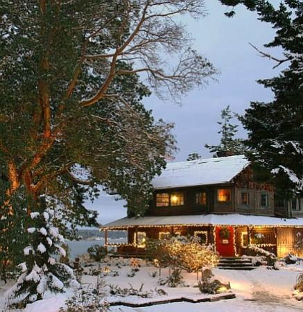 Captain Whidbey Inn: Christmas Time at the Inn