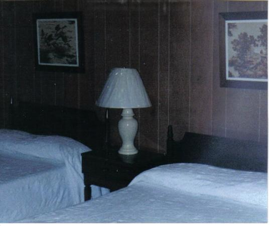 Green Valley Motel : we take pride in the cleaness rooms in the berkshires